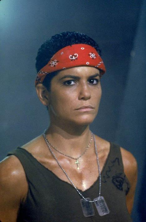 Jenette Goldstein (© 1986 Twentieth Century Fox)