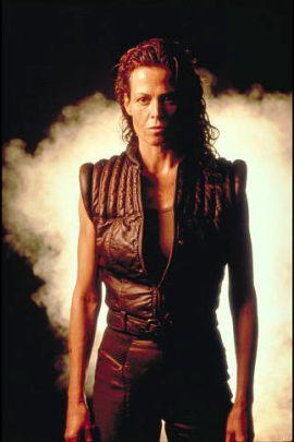 Ripley 8 (© 2003 Twentieth Century Fox)